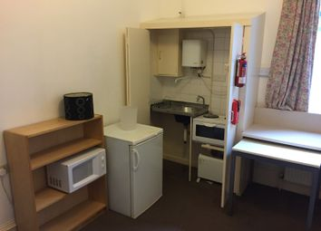 Thumbnail Room to rent in Umfreville, London