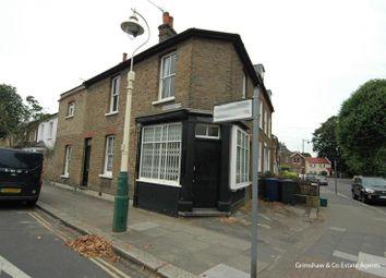 Coningsby Road, Near Lammas Park, Ealing, London W5. 2 bed detached house