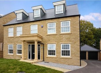 Thumbnail 5 bedroom detached house for sale in Woodsley View, Leeds