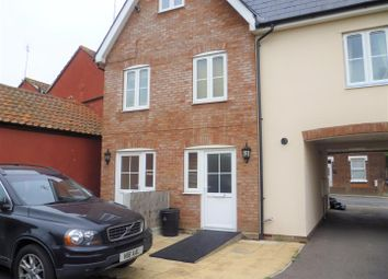 Thumbnail 2 bedroom property to rent in Bergholt Road, Colchester