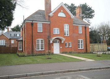 Thumbnail 2 bed flat to rent in Mayfield House, Fountain Drive, Carshalton Beeches, Surrey
