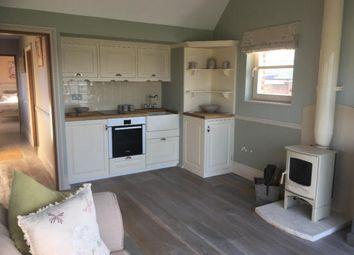 Thumbnail 1 bed detached house to rent in Scabharbour Road, Tonbridge
