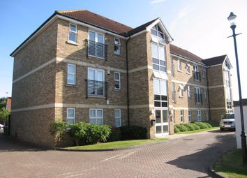 Thumbnail 2 bed flat to rent in Park Lane, Broxbourne