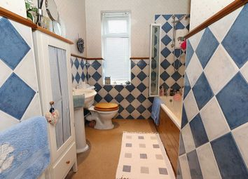 Thumbnail 4 bed terraced house for sale in Park Road, Bingley, West Yorkshire