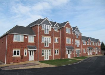Thumbnail 2 bedroom flat to rent in Whinfield Gardens, Worcester