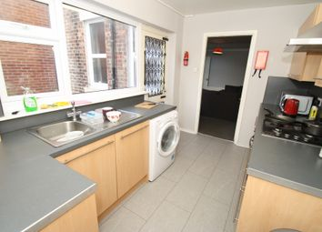 Thumbnail 2 bedroom flat to rent in Stratford Road, Heaton