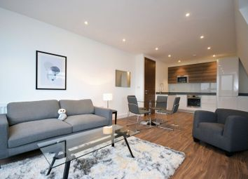 Thumbnail 1 bedroom flat to rent in Balham Hill, London