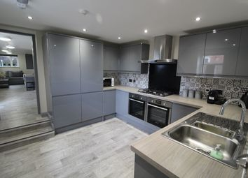 Thumbnail 6 bed end terrace house to rent in Wellington Road, Preston