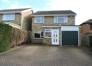 Thumbnail 4 bedroom detached house to rent in Hill Avenue, Hazlemere, High Wycombe