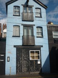 Thumbnail Studio to rent in Princess Alley, Wolverhampton