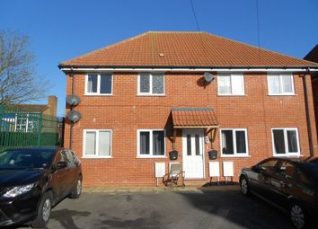 Thumbnail 1 bed flat to rent in Westfield Avenue, Yeovil