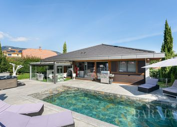 Thumbnail Villa for sale in Cessy, 01170, France