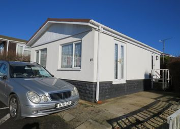 Thumbnail 2 bed mobile/park home for sale in Centre Rise, Horspath, Oxford