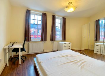 Thumbnail Studio to rent in Golders Green Road, London