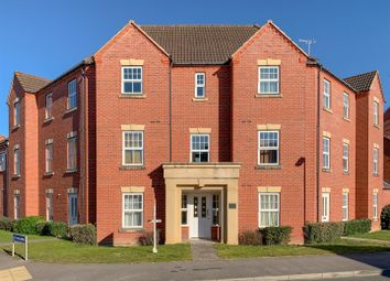 Thumbnail 2 bedroom flat for sale in Price Close East, Chase Meadow Square, Warwick