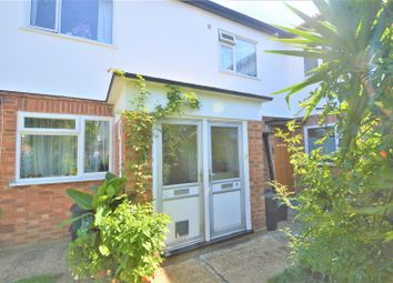 2 bed flat for sale in Kenwood Gardens, London E18