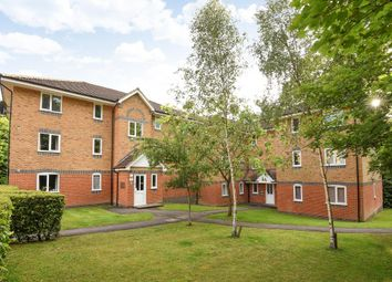 Thumbnail 2 bed flat for sale in Masefield Gardens, Crowthorne
