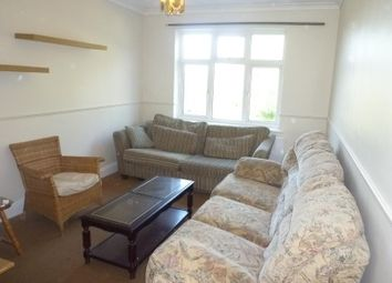 Thumbnail 2 bedroom flat to rent in Nether Street, West Finchley, London