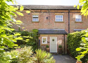 2 bed barn conversion for sale in Taylors Croft, Woodborough, Nottinghamshire NG14