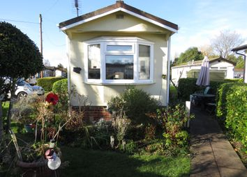 Thumbnail 2 bed mobile/park home for sale in Willows Riverside Park, Maidenhead Road, Windsor