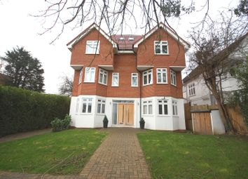 Thumbnail 2 bed flat for sale in Alexandra Grove, North Finchley, London