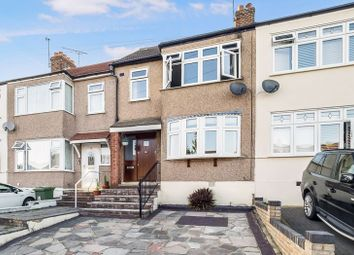 Mowbrays Road, Collier Row, Romford RM5. 4 bed terraced house