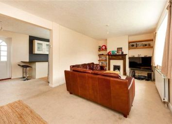 Thumbnail 4 bedroom property to rent in Macquarie Way, Canary Wharf, London