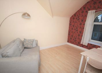 2 bed flat to rent in Summerfield Terrace, Aberdeen AB24