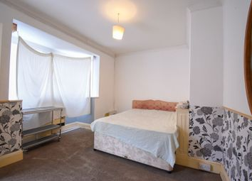 Thumbnail Studio to rent in Studio Flat, Hinckley Road, Leicester Forest East, Leicester