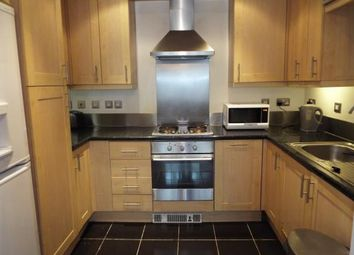 Thumbnail 2 bed flat to rent in Stratford, London