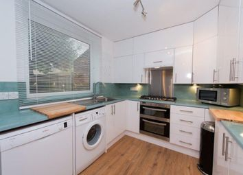 Thumbnail 6 bed maisonette to rent in Hilldrop Crescent, London