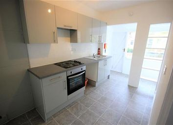 Thumbnail 4 bed property to rent in Roedale Road, Brighton