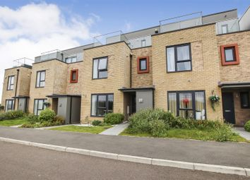 Thumbnail Town house for sale in Kings Meadow, Cambridge
