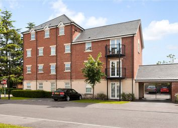 Thumbnail 2 bed flat to rent in Old College Road, Newbury, Berkshire