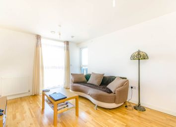 Thumbnail 1 bedroom flat for sale in Kings House IG11, Barking,
