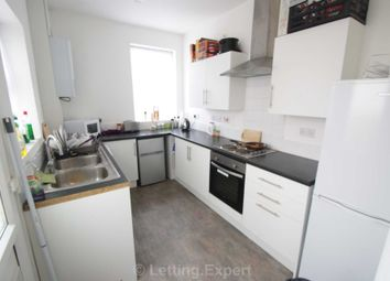 Thumbnail Room to rent in West Road, Westcliff-On-Sea