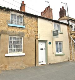 Thumbnail 2 bed property to rent in Westgate, Pickering, Y018