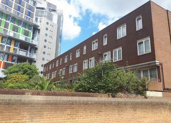 Thumbnail 3 bed flat to rent in Kipling Street, London