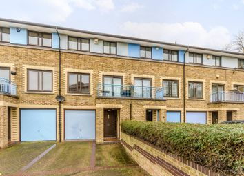 Thumbnail 3 bed maisonette to rent in Cinnamon Street, Wapping