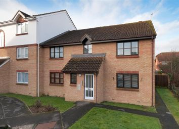 Thumbnail 1 bed flat to rent in The Ridings, Paddock Wood, Tonbridge
