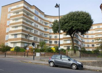 Thumbnail 3 bed flat for sale in Cholmeley Lodge, Highgate