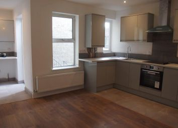 Thumbnail 3 bed flat to rent in Bowes Road, Palmers Green