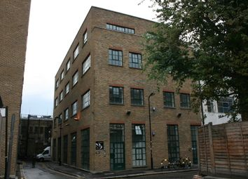 Office to let in New Inn Yard, Shoreditch, London EC2A