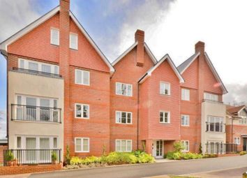 Thumbnail 2 bed flat to rent in Uplands Road, Guildford, Surrey
