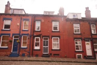 Thumbnail 2 bed property for sale in Beamsley Place, Hyde Park, Leeds