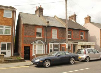 St Johns Road, Boxmoor HP1. 2 bed cottage