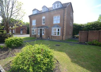 Thumbnail 2 bed flat for sale in Mannock Way, Woodley, Reading