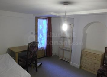 4 bed shared accommodation to rent in Pagitt Street, Chatham, Medway ME4