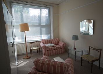 Thumbnail Room to rent in Grosvenor Road, Chiswick