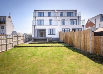 Thumbnail 4 bed property for sale in Lake View Road, Lowestoft